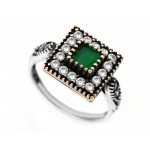 Vintage Emerald Ring by Evil Eye Store