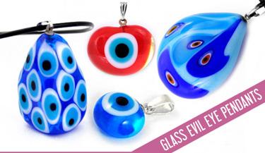 Evil eye pendant in glass
